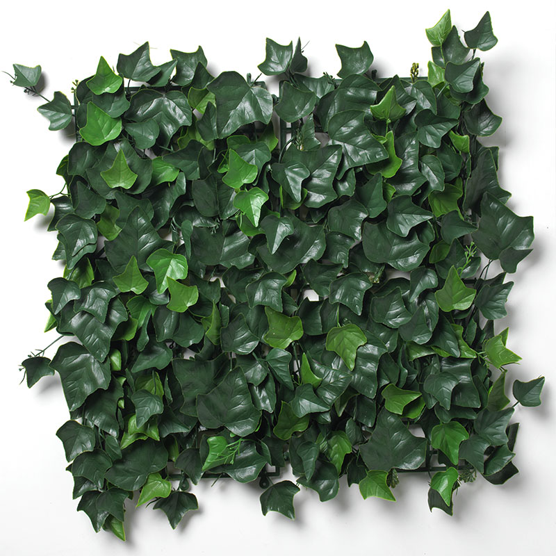 Laurel Hedge Tile