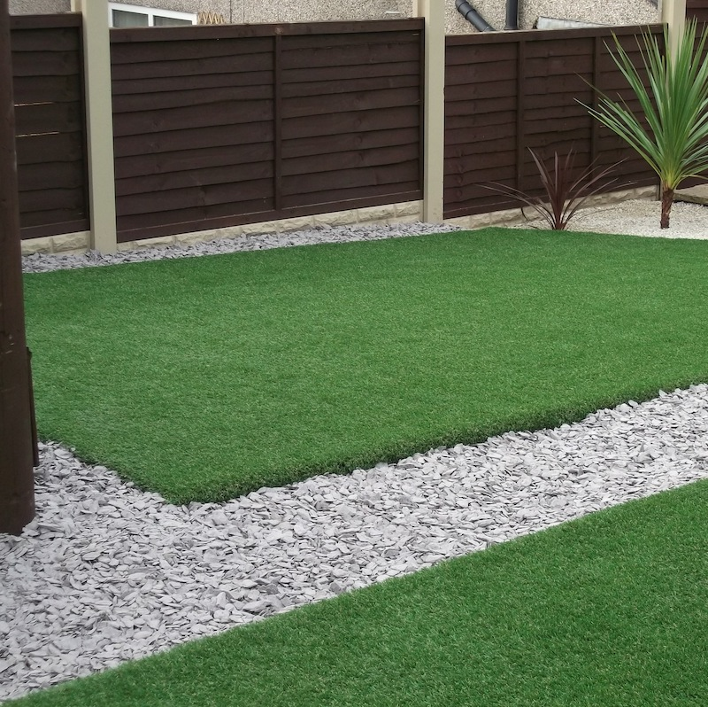 Kingston Artificial Grass | Fake Turf UK | The Outdoor Look