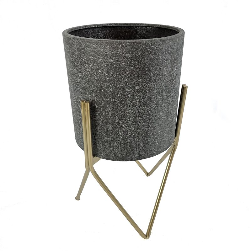 Indoor metal Hoven plant pot with stand